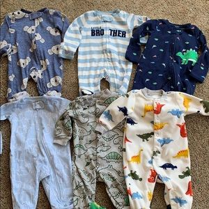 NWOT lot of 6 newborn sleepers